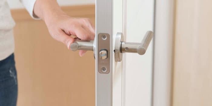 פריצת דלת טרוקה שיטות מנעולן מנעול ומפתח